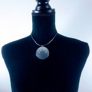 "# J12 Silver 3 Circles Shaped 12"" Chain Necklace"